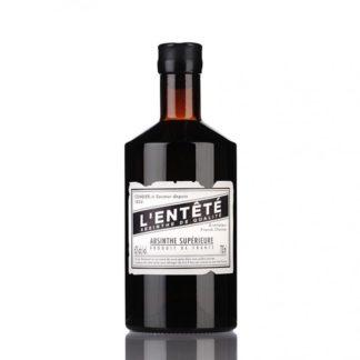 L'Enteté je absinthe vytvořený dle starých receptur obohacených o osobní chuťové preference majitele destilérie Combier, Francka Choisne.