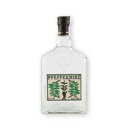 """Pfefferminz je jesenická verze peprmintky (lidově """"zelené""""), vyráběné v čiré verzi v destilérii Bairnsfather. Tato verze je v dárkové 0,5l lahvi."""