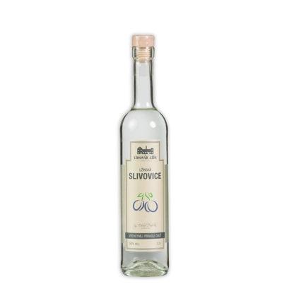 Slivovice Lžín je vypálena na 50% alkoholu a lahvována do vzhledných píšťalových nádob. Pro nás jedna z nejlepších komerčně vyráběných slivovic.