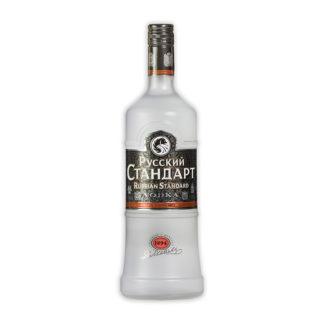 Vodka Russkij Standart se vyrábí už od roku 1894 v souladu s nejvyšší kvalitou schválenou královskou vládní komisí.